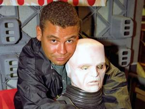 3312494655-red-dwarf-crew-earth